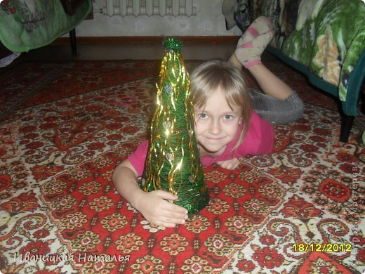 наша кошечка Лиза,тоже хочет Новый Год фото 4