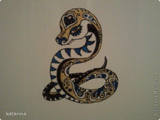 Витражные краски и змейка на холодильник готова