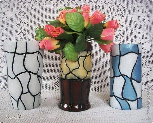 Здравствуйте!!Вот такие вазочки из гипса я сделала с помощью обычных бутылок от сладкой воды и пластилина. Вазы сделаны уже давно,только сейчас наконец сфотографировала  Заодно решила сделать МК,может кому нибудь пригодится фото 5