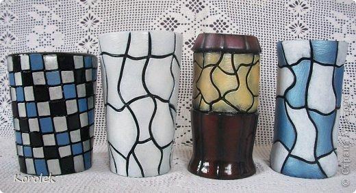 Здравствуйте!!Вот такие вазочки из гипса я сделала с помощью обычных бутылок от сладкой воды и пластилина. Вазы сделаны уже давно,только сейчас наконец сфотографировала  Заодно решила сделать МК,может кому нибудь пригодится фото 1