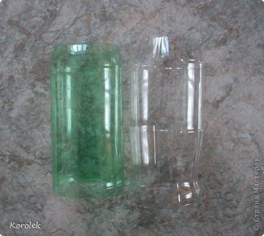 Здравствуйте!!Вот такие вазочки из гипса я сделала с помощью обычных бутылок от сладкой воды и пластилина. Вазы сделаны уже давно,только сейчас наконец сфотографировала  Заодно решила сделать МК,может кому нибудь пригодится фото 16
