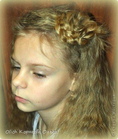 прически цветы из волос фото:
