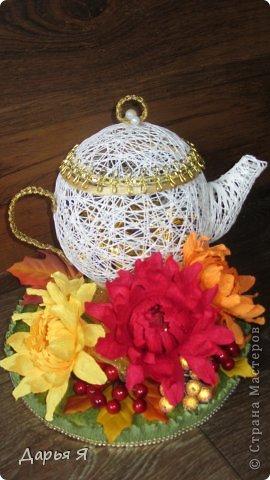 """Вот и мои """"чайные принадлежности"""" из ниток. Так сказать, пробные Чайничек сотруднице на День рождения фото 1"""