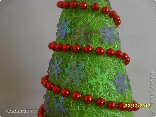 На деревянную палочку нанизываем кусочки сизаля, украшаем бусинами и бантом из ленточки))) фото 15