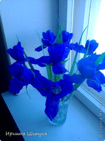 На каждом цветке,на одном лепестке прикреплены маленькие стразики) фото 6