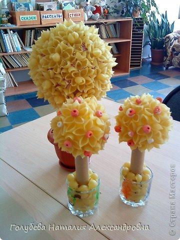 Рожковое дерево клей нитки продукты