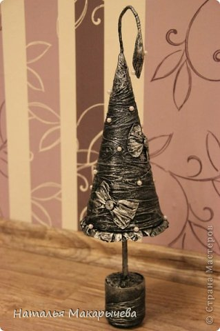 Поделка изделие Новый год Бумагопластика Елка металлическая Бумага фото 1