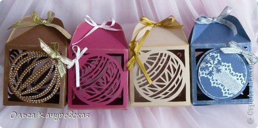 Упаковка Новый год Рождество Вырезание Новогодние подарочные коробочки +шаблоны Бумага Бусинки Ленты фото 3
