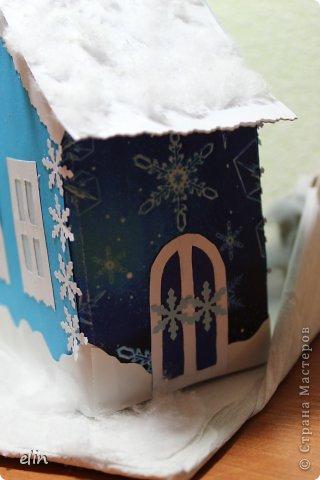 Вот такая зимняя композиция уже отнесена в дет.сад. Я уже одну композицию делала http://stranamasterov.ru/node/476666, но ее, по просьбам моих домашних, оставили дома. Но нельзя же было подводить воспитателя, вот вышла другая, зато делали вместе с дочей. фото 10