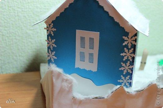 Вот такая зимняя композиция уже отнесена в дет.сад. Я уже одну композицию делала http://stranamasterov.ru/node/476666, но ее, по просьбам моих домашних, оставили дома. Но нельзя же было подводить воспитателя, вот вышла другая, зато делали вместе с дочей. фото 11