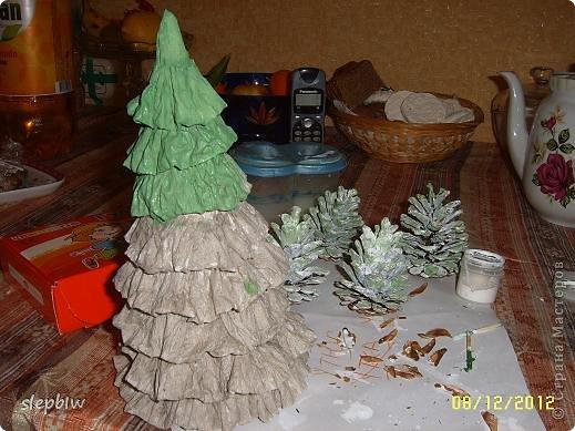 В преддверии Нового Года у нас в саду был объявлен конкурс на новогоднюю поделку. фото 7