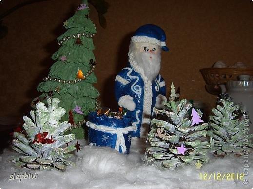 В преддверии Нового Года у нас в саду был объявлен конкурс на новогоднюю поделку. фото 1