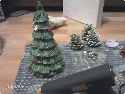 В преддверии Нового Года у нас в саду был объявлен конкурс на новогоднюю поделку. фото 10