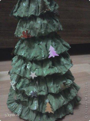 В преддверии Нового Года у нас в саду был объявлен конкурс на новогоднюю поделку. фото 9