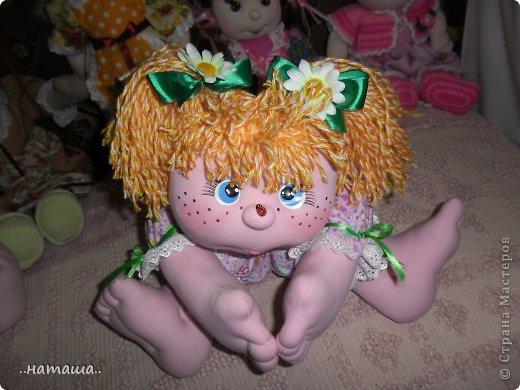 Добрый день или вечер!!! Нашла в интернете вот такую забавную куколку.Шьётся легко и быстро. Мне очень понравилась, может и вам пригодится. У меня получилась ростом см50.http://rucodelie.0bb.ru/viewtopic.php?id=264 фото 8