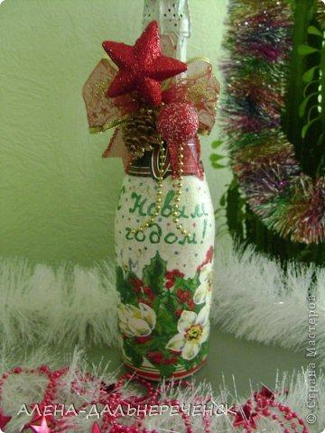 Люблю оформлять бутылочки. Как  же Новый год без такой красоты , вот что получилось. фото 5