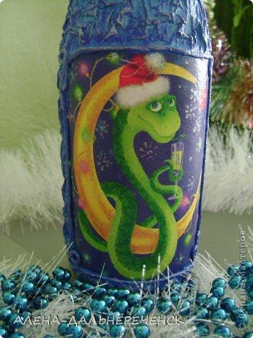 Люблю оформлять бутылочки. Как  же Новый год без такой красоты , вот что получилось. фото 7