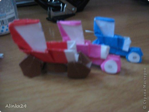 Здравствуй Страна Мастеров!  Вот мои машинки оригами.Я их делала по схеме из книги.Автор этой модели Кацуши Ношо. Каждая деталь машинки(изделие состоит из двух частей:колёса и кузов)складывается отдельно . фото 1