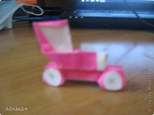 Здравствуй Страна Мастеров!  Вот мои машинки оригами.Я их делала по схеме из книги.Автор этой модели Кацуши Ношо. Каждая деталь машинки(изделие состоит из двух частей:колёса и кузов)складывается отдельно . фото 3