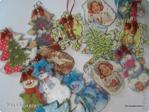 Новогодние елочные игрушки и подвески фото 1