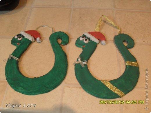 Змейки-подковы к Новому году фото 1