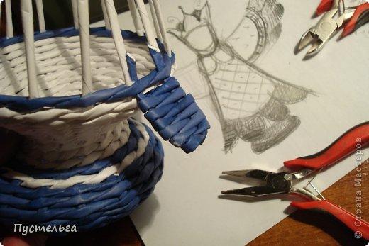 Поделка изделие Плетение Птица лесная голубица Бумага Трубочки бумажные фото 3