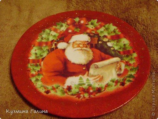 Для своих коллег к Новому году приготовила и подарила небольшие подарочки.Деревянные заготовки,перегоревшие лампочки,салфетки-всё пошло в дело. фото 13