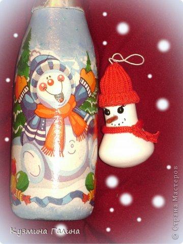 Для своих коллег к Новому году приготовила и подарила небольшие подарочки.Деревянные заготовки,перегоревшие лампочки,салфетки-всё пошло в дело. фото 17
