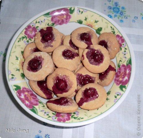 Печенье с кунжутом и вишней фото 2