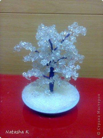 Деревья из бисера и натуральных камней фото 15