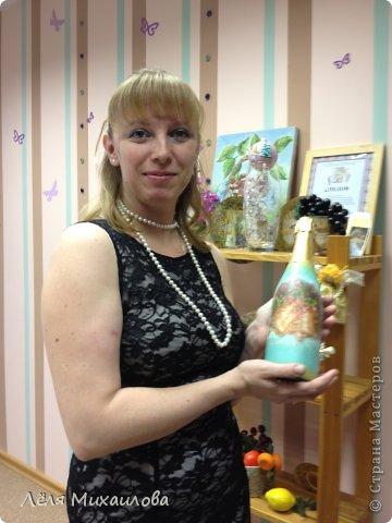 29 декабря прошел мой новогодний мастер-класс по декорированию бутылочки. Некоторые девочки пришли с детишками, но и они не остались без дела - декорировали стаканчики-непроливайки (то, что оказалось под рукой). фото 4
