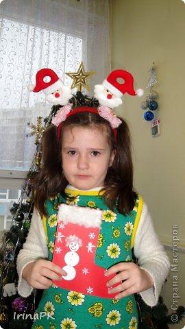К Новому году сделали много работ с детьми. Такие открытки – в подарок родителям. фото 12