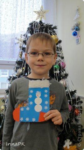 К Новому году сделали много работ с детьми. Такие открытки – в подарок родителям. фото 14