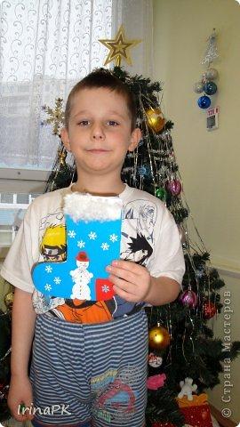К Новому году сделали много работ с детьми. Такие открытки – в подарок родителям. фото 15