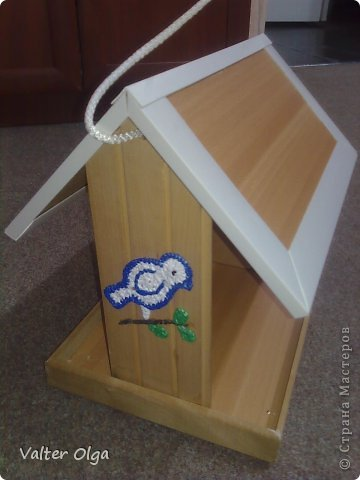 Кормушка для птиц из коробки для обуви
