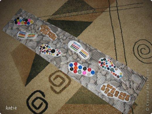 Эти коврики я сделала для своих деток. Их у меня 16. Им от 1,5 до 3 лет. Ребятам очень понравилось ходить по коврикам. фото 1