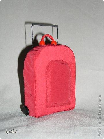 Попробую рассказать, как сшить такой чемоданчик. фото 1