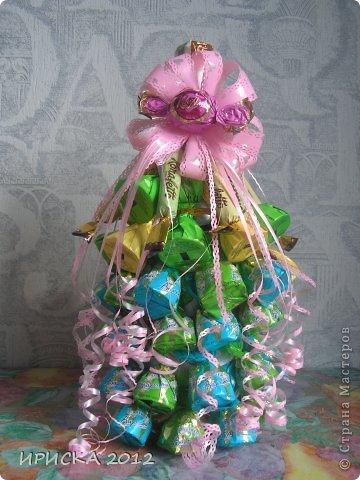 Как украсить конфетами своими руками