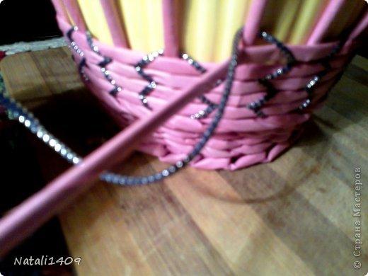 Мастер-класс Поделка изделие Декупаж Плетение Необычное плетение Бумага газетная Тесьма шнур Трубочки бумажные фото 3