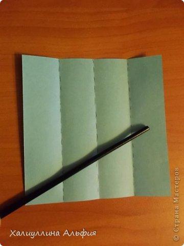 """Эту модель я нашла в книге Томоко Фусэ """"Многогранники"""". Она проста в сборке (в книге помечена двумя звездочками сложности). Для ее сборки НЕ нужен клей. Только бумага и немного терпения. фото 3"""