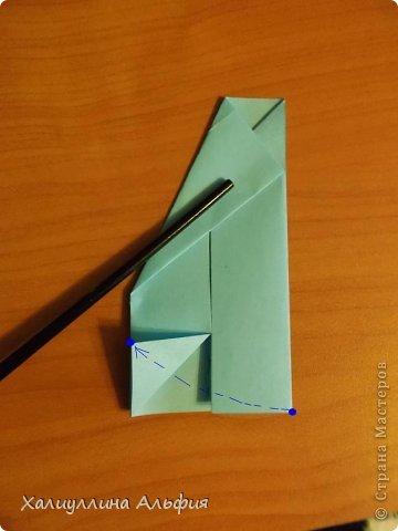 """Эту модель я нашла в книге Томоко Фусэ """"Многогранники"""". Она проста в сборке (в книге помечена двумя звездочками сложности). Для ее сборки НЕ нужен клей. Только бумага и немного терпения. фото 6"""