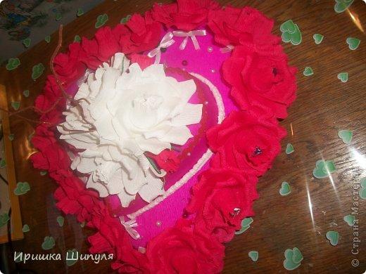 вот он мой тортик в два яруса)....Его заказал парень для своей жены на день СВЯТОГО ВАЛЕНТИНА!!!!!!!!    ммммммммммм.........Как романтично)))) фото 2