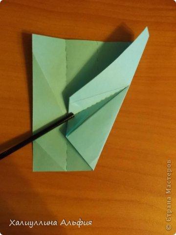"""Эту модель я нашла в книге Томоко Фусэ """"Многогранники"""". Она проста в сборке (в книге помечена двумя звездочками сложности). Для ее сборки НЕ нужен клей. Только бумага и немного терпения. фото 13"""