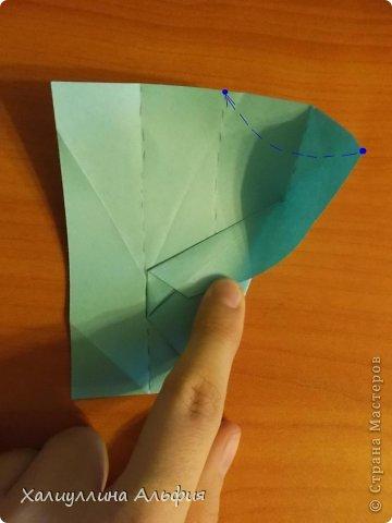 """Эту модель я нашла в книге Томоко Фусэ """"Многогранники"""". Она проста в сборке (в книге помечена двумя звездочками сложности). Для ее сборки НЕ нужен клей. Только бумага и немного терпения. фото 14"""