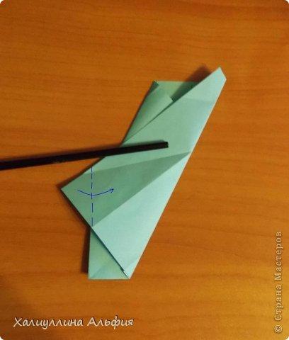 """Эту модель я нашла в книге Томоко Фусэ """"Многогранники"""". Она проста в сборке (в книге помечена двумя звездочками сложности). Для ее сборки НЕ нужен клей. Только бумага и немного терпения. фото 18"""