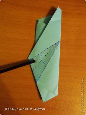 """Эту модель я нашла в книге Томоко Фусэ """"Многогранники"""". Она проста в сборке (в книге помечена двумя звездочками сложности). Для ее сборки НЕ нужен клей. Только бумага и немного терпения. фото 20"""
