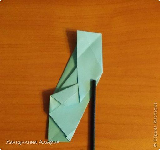 """Эту модель я нашла в книге Томоко Фусэ """"Многогранники"""". Она проста в сборке (в книге помечена двумя звездочками сложности). Для ее сборки НЕ нужен клей. Только бумага и немного терпения. фото 23"""