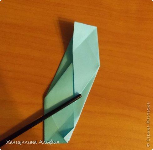 """Эту модель я нашла в книге Томоко Фусэ """"Многогранники"""". Она проста в сборке (в книге помечена двумя звездочками сложности). Для ее сборки НЕ нужен клей. Только бумага и немного терпения. фото 24"""