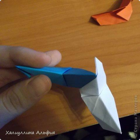 """Эта кусудама очень проста в сборке. Ее я делала по видео-мастерклассу TadashiMori на ютубе. Вот и ссылка: http://www.youtube.com/watch?v=E5pAdiKKsRQ&feature=player_embedded Оригинал https://www.flickr.com/photos/mancinerie/5158402157/in/set-72157625705249454  Мне она немного напомнила всем известную """"Электру"""". Потому что в нее с таким же удовольствием можно """"посадить"""" любые цветочки. А вообще, она сама по себе красива, на мой взгляд. Для сборки совсем не нужен клей. Только бумага, час времени и терпение. фото 26"""