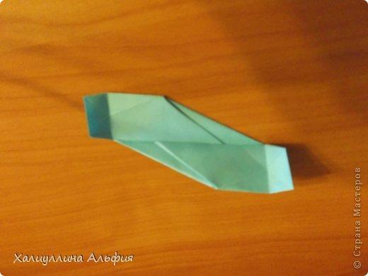 """Эту модель я нашла в книге Томоко Фусэ """"Многогранники"""". Она проста в сборке (в книге помечена двумя звездочками сложности). Для ее сборки НЕ нужен клей. Только бумага и немного терпения. фото 30"""
